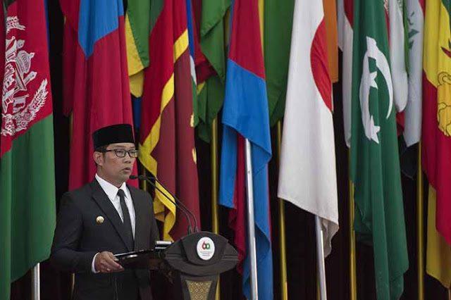 Walikota Bandung Ridwan Kamil saat memberikan sambutan pada acara peringatan Konferensi Asia Afrika di Bandung, bebera[a waktu lalu (dok/Ist).