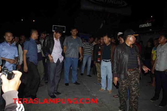 Kapolda Lampung Brigjen Edward Syah Pernong meninjau lokasi penembakan Bharada Jefri Saputra