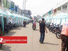 Tarup -tarup yang diberikan secara gratis bagi para PKL di Jalan Triodeso yang berada dalam kawasan Pasar Dekon, Kotabumi.