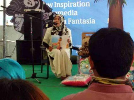 Iin Mutmainah, Maestro Dongeng dari Kemiling