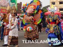 Pawai Budaya Nusantara dalam rangka HUT ke-344 Kota Bandarlampung, Minggu (22/5/2016).
