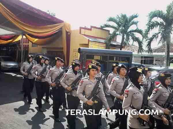 Personel Polda Lampung untuk pengamanan pemudik selama arus mudik dan arus balik Lebaran 2016.