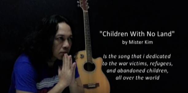 Lagu 'Children With No Land' Ditulis Kim Commanders dengan Tetesan Air Mata