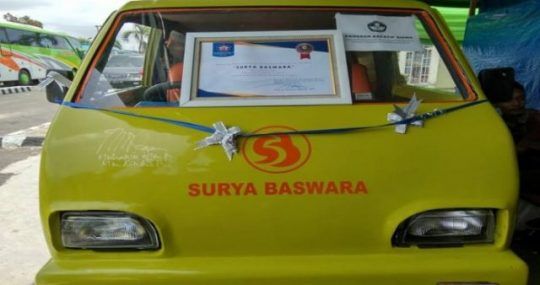 Inilah Mobil Ambulans Tenaga Surya Pertama di Indonesia Karya Siswa SMK Muhammadiyah 3 Metro