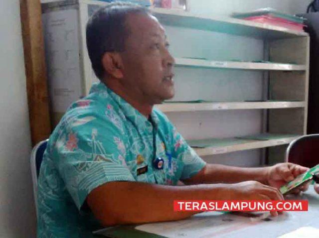 Kepala Tata Usaha Puskesmas II Kotabumi, Lampung Utara, Agus Darsono