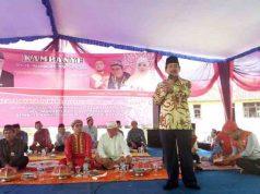 Herman HN kampanye di Lapangan Pemindangan, Marga Punduh, Pesawaran, Senin pagi,16 Aprl 2018.