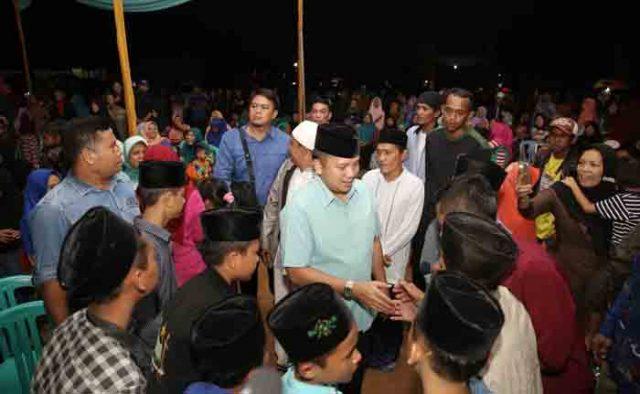 Ridho Ficardo di SMK Pondok Pesantren (Ponpes) Roudhatul Huda, Purwo Sari, Padang Ratu, Lampung Tengah (Lamteng), Sabtu (14/4/2018).