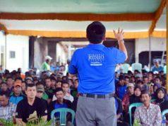 Ridho Ficardo bertemu Gabungan perwakilan Kelompok Tani (Gapoktan), di Desa Sukadana Baru, Kecamatan Marga Tiga, Lampung Timur, Kamis (12/4).