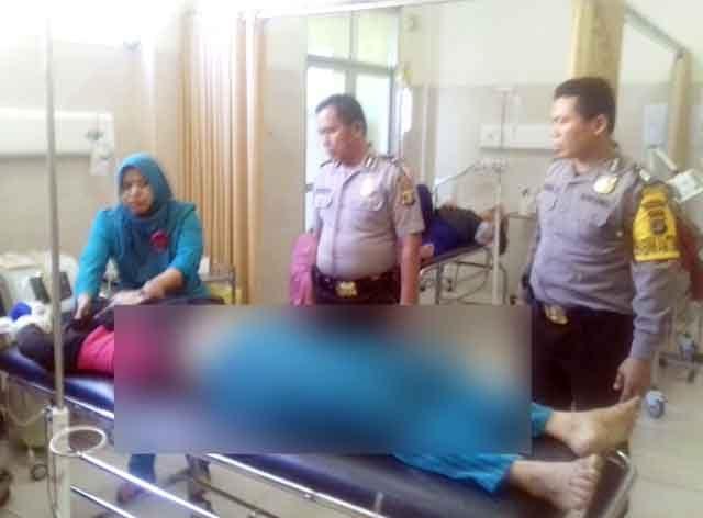 Ajak Anak Balitanya Temui Pemilik Hutang, Wanita Ini Justru Ditusuk dan Dirampas Sepeda Motornya