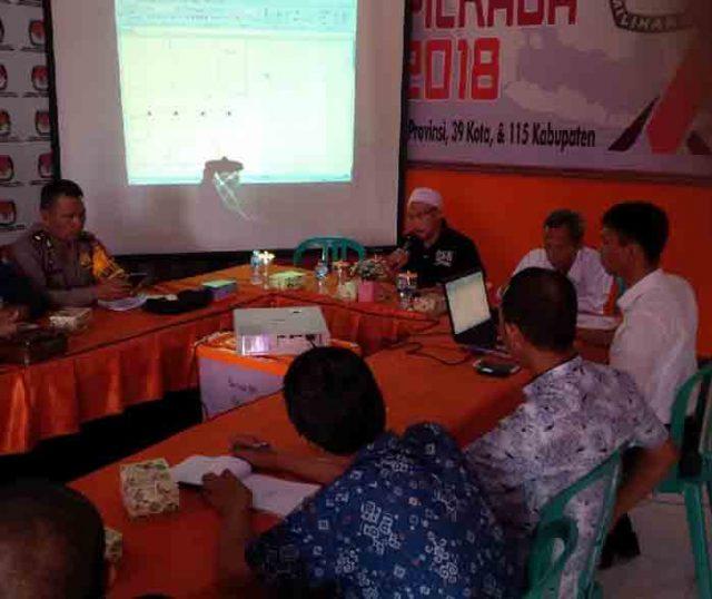 Rapat pleno KPU Lampung Utara membahas jadwal debat pasangan calon Bupati dan Wakil Bupati Lampung Utara