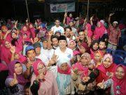 Ridho Ficardo bersama warga Tegineeng, Pesawaran