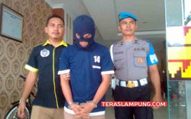 Muhammad Firnanda Yosef (22) pelaku penusukan terhadap korban debt collector.