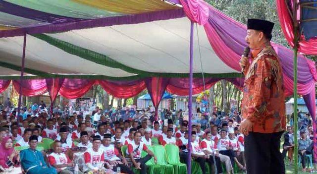 Herman HN berkampanye di Lapangan Panaragan Kampung, Tulangbawang Tengah.Kabupaten Tulangbawang Barat, Senin (7/5/2018).