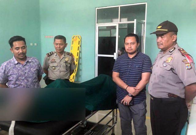 Pelaku pencurian mobil berinisial HR (55), warga Dusun Wonorejo, Kecamatan Bekri, Lampung Tengah meninggal dunia karena kelelahan dan memiliki penyakit sesak nafas (asma) setelah ditangkap tim gabungan Polres Metro dan Polres Lampung Tengah.
