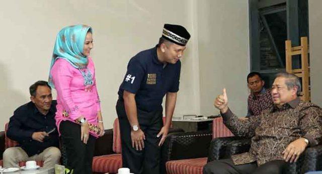 SBY memberikan nasihat dan masukan kepada Cagub Ridho Ficardo di Hotel Novotel Bandarlampung,Jumat (11/5/2018).