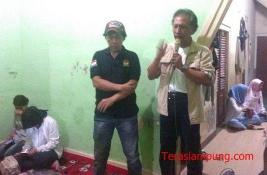 Ketua Gerakan Rakyat Nusantara (GRN) pusat Eriyono Sucahyono atau yang akrab disapa Bung Nio yang hadir saat pengukuhan Kosela di Jalan Ikan Pari Blok D No. 56 Kelurahan Kebon Pisang, Telukbetung Selatan.