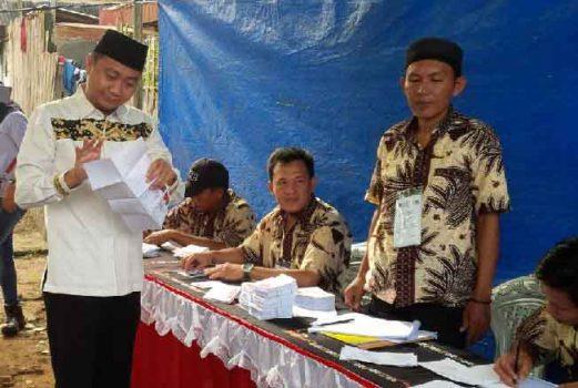 Agung Ilmu Mangkunegara Mencoblos di TPS 109 Tanjung Aman