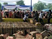 Pasar Murah di Desa Hanura, Telukpandan, Kabupaten Pesawaran