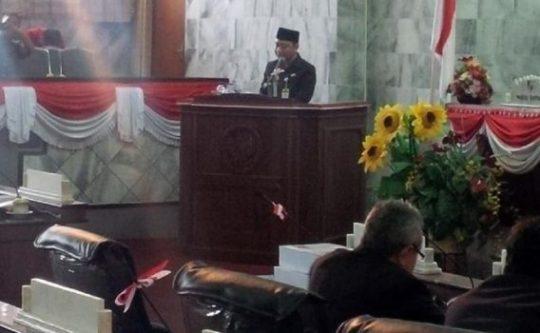 Bupati Agung Ilmu Mangkunegara Sampaikan LKPJ Pelaksanaan APBD 2017