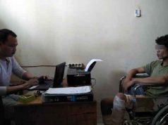 Tersangka Ruslan sedang diperiksa oleh penyidik Polres Lampung Utara