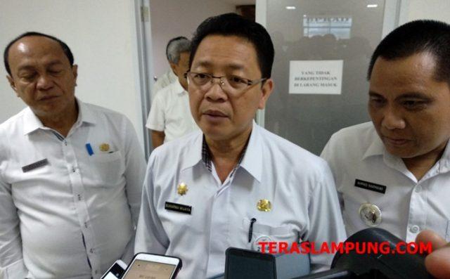 Asisten I Pemkot Bandarlampung, Sukarma Wijaya,menjelaskan soal rencana penggusuran Pasar Griya Sukarame.