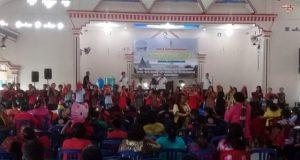 Naposo (Pemuda) Silahisabungan sedang Manortor di Gedung Sinarta, Labuhan Dalam, Tanjung Senang, Bandar Lampung, Minggu, 26/8/2018. Tortor Naposo tersebut dalam rangka Pesta Partangiangan Pomparan (Keturunan) Raja Silahisabungan se-Bandar Lampung dan sekitarnya
