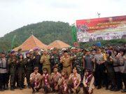 Walikota Herman HN usai acara pembukaan TNI Manunggal Membangun Desa (TMMD) ke- 103 di Lapangan sepak bola Kelurahan Sumber Agung, Kecamatan Kemiling.