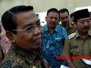Wakil Bupati Deli Serdang Zainuddin Mars bersama Walikota Herman HN memberi keterangan kepada media