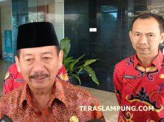 Walikota Herman HN menjawab pertanyaan para wartawan terkait hasil pemeriksaan anggaran pendidikan Kota Bandarlampung oleh BPK Perwakilan Lampung,Kamis, 20 Desember 2018.