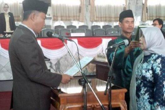 Budiharti Herlina Dilantik Sebagai Anggota DPRD Lampura dari PAN