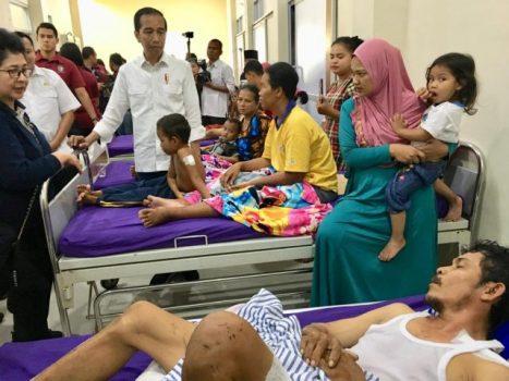 Di RSUD Bob Bazar, Presiden Jokowi Dengar Kisah Bocah Korban Tsunami yang Selamat