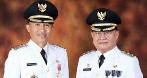 Bupati Lampung Barat Parosil Mabsus dan Wakil Bupati Mad Hasnurin