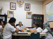 Asisten Bidang Ekonomi dan Pembangunan Provinsi Lampung Taufik Hidayat, memimpin rapat koordinasi BUMD di Ruang Rapat Asisten Bidang Ekonomi dan Pembangunan Provinsi Lampung, Kantor Gubernur Lampung, Rabu (16/1/2019).