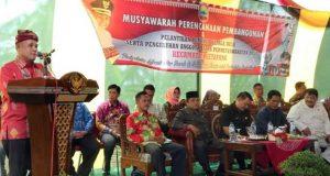 Plt Bupati Lampung Selatan, Nanang Ermanto, pada acara Musrenbang Kecamatan Ketapang, Kamis, 28 Februari 2019.