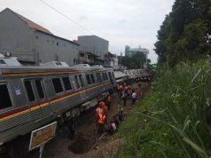 KRL Commuter Line KA 1722 mengalami kecelakaan di Kebon Pedes, Kota Bogor, Jawa Barat, Minggu, 10 Maret 2019. TEMPO/Ade Ridwan