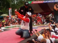 Mukhlis Basri dalam kampanye dan deklarasi Pujo di Lampung Barat, Rabu, 10 April 2019.