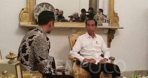 Presiden Jokowi melakukan pertemuan empat mata dengan Komandan Komando Satuan Tugas Bersama (Kogasma) Partai Demokrat, Agus Harimurti Yudhoyono (AHY) di Istana Merdeka, Jakarta, 2 Mei 2019. TEMPO/Friski Riana