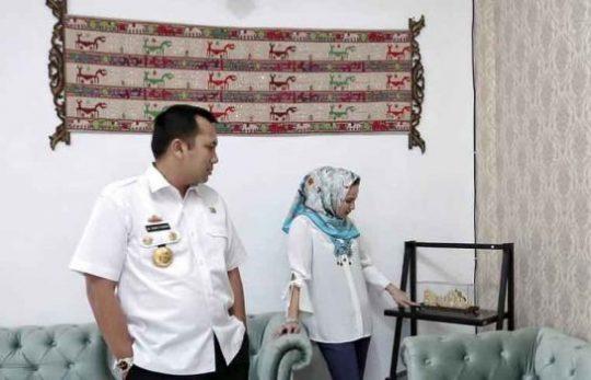 Yustin Ficardo: Perkembangan Kerajinan Lampung Maju Pesat
