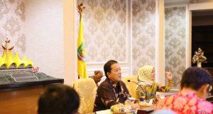 Gubernur Arinal Djunaidi pada Rapat Koordinasi bersama seluruh Bupati dan Walikota se-Provinsi Lampung, di Ruang Rapat Utama Kantor Gubernur Lampung, Kamis (20/6/19).