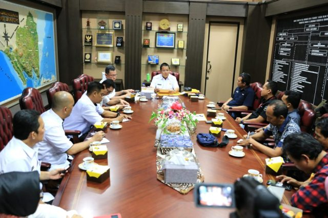 Gubernur Arinal Djunaidi saat menerima audiensi media nasional Perwakilan Lampung, di Ruang Rapat Gubernur Lampung, Rabu (26/6/2019).