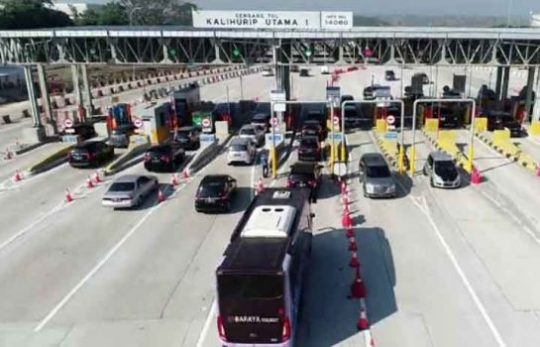 Hingga H+3 Lebaran Ratusan Ribu Kendaraan Kembali Ke Jakarta