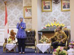 Wakil Gubernur Chusnunia dalam rapat koordinasi persiapan pembentukan Forum Satu Data Lampung, di Ruang Rapat Utama Kantor Gubernur Lampung, Rabu (17/07/2019).