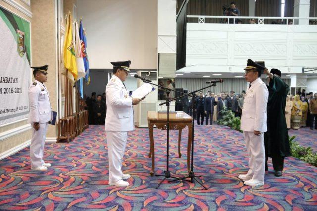 Pelantikan Zaiful Bukhori sebagai Bupati Lampung Timur, di Balai Keratun Kantor Pemprov Lampung, Kamis, 18 Juli 2019.