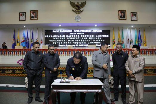 Gubernur – DPRD Lampung Teken Persetujuan Pertanggungjawaban APBD 2018