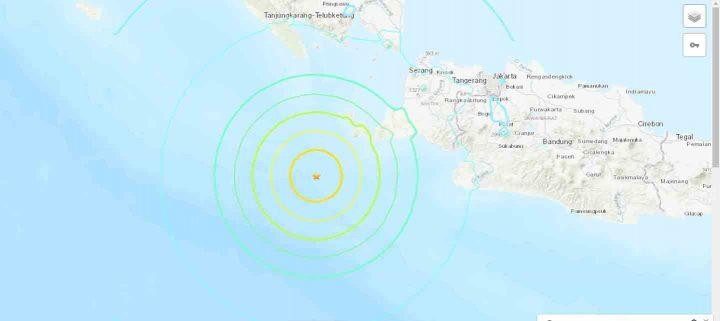 Peta interaktif pusat gempa Banten - Lampung pada Jumat malam 2 Agustus 2019 pukul 19.03 WIB menurut USGS. Pusat gempa ditandai dengan tanda bintang.