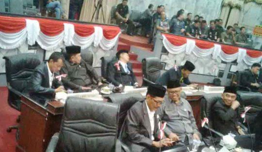Pimpinan Dewan Lampura Tertidur Saat Sidang Paripurna Pengesahan RPJMD