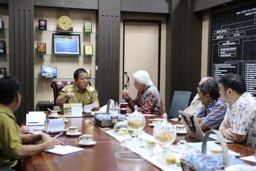 Gubernur Lampung menerima Direktur Utama PT Way Halim Tomy Soekiato Sanjoto beserta jajarannya di Ruang Kerja Gubernur, Senin (30/9/2019).