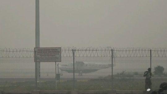 Kabut Asap, Penerbangan di Bandara Tjilik Riwut Hampir Lumpuh