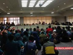 Perwakilan mahasiswa diterima oleh anggota DPRD Provinsi Lampung.