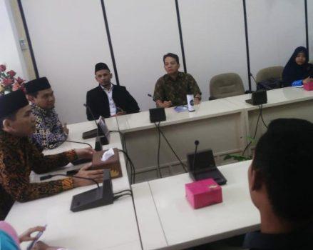 Hari Pertama Ngantor, Fraksi PKS DPRD Lampung Terima Komunitas Alumni Pelajar